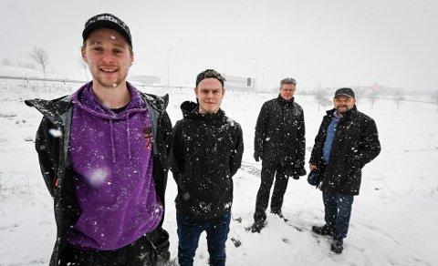 Skatepark i Svortdalen. Georg Hopaneng, Ivar Hanssen, Arve Ulriksen, Jan Erik Furunes.