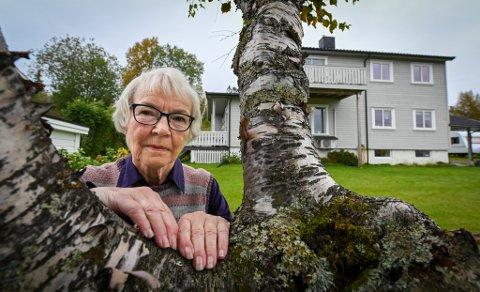 Tre uker har gått siden 76 år gamle Ragnhild Storvoll ble kreftoperert ved Nordlandssykehuset Bodø, og sju uker siden hun ble hasteinnlagt og operert på Helgelandssykehuset Mo i Rana.