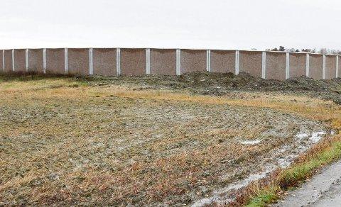 VILLE IKKE BEHANDLE KLAGE: Hole kommune ville ikke behandle Knut Schrøders klage på denne biotanken.