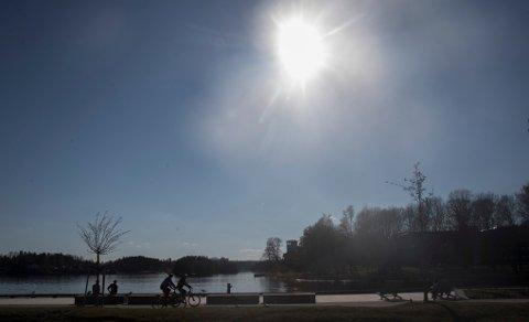 LOVER PÅSKESOL: Meteorologisk institutt har gode nyheter for deg som skal tilbringe påsken på Romerike.