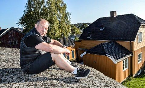 UENIG: Rune Ramberg sier på vegne av eierne av det gule huset i Soleveien 2A nei også til det reviderte boligprosjektet i krysset Soleveien/Hystadveien.