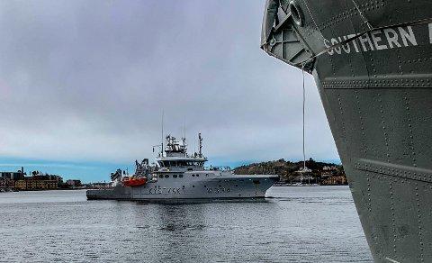 Tirsdag etter påske lå kystvaktfartøyet KV Tor til havn i Sandefjord. De hadde vært på tokt langs vestfoldkysten dagen før.,