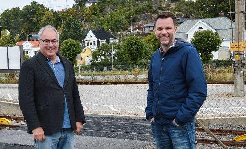 STORTINGSKANDIDATER: Arild Theimann (t.v.) og Truls Vasvik mener fellesskapet må oppsøke ungdom som står utenfor arbeid, utdanning og arbeidstrening, helt opp til de blir 30 år.