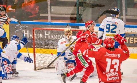 DEBUTERER: 28 desember i fjor scoret Dan Nygård det første målet for Stjernen, i en kamp Stjernen vant 4-1 mot Sparta. I kveld skal den tidligere Stjernen-kapteinen spille sin første kamp for Sparta, på lån fra Comet.