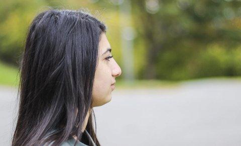 Ser en lys framtid: Ønsket til den 16-årige syriske jenta er å få bo i Norge med familien. Hun vil også skaffe seg en utdanning.