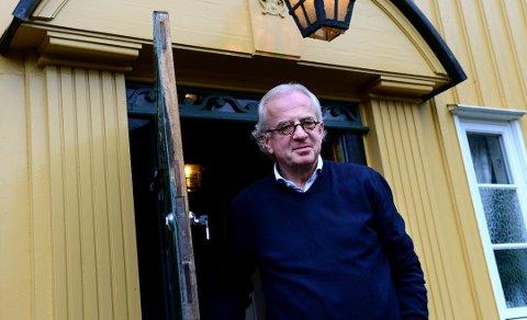 KOSTNAD- OG ENERGIBESPARENDE: Etter at Odd Wataker la om til Bergvarme, sparer han rundt 20 000 kroner i strømutgifter i året. Foto: Kirvil Håberg