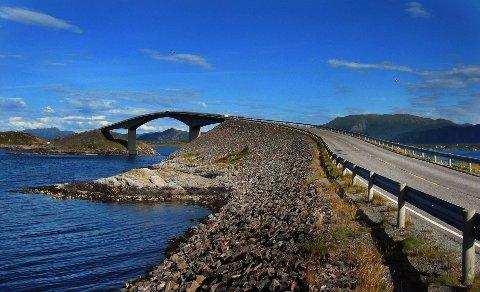 Atlanterhavsveien blir stengt i korte perioder i de kommende dagene.