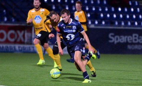 Jesper Isaksen og KBK 2 banket Tomrefjord 12-0. Foto: Sofie Edøy