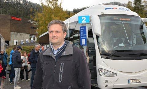 VURDERAR DAGLEG: Det er framleis uavklart om Valdres blir ståande utan bussforbindelse etter påske. JVB og administrerande direktør Helge Kvame vurderar situasjonen frå dag til dag.
