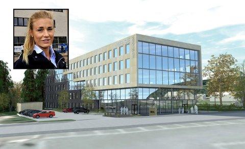 Marianne Lensebråten (innfelt) bekrefter at de er i gang med bygget som blant annet skal huse sykehusadministrasjon.