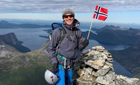 Jøran Storeide (43) fra Gravdal og kameraten bygget 100-millionersbedrift opp av ingenting. Nå skal han prøve å bestige Amerikas høyeste fjell.