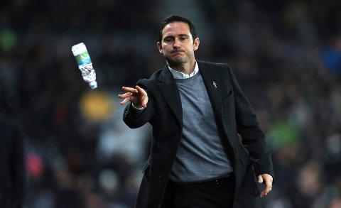 Frank Lampard har gjort en bra jobb i sin første sesong som Derby-manager. I kveld venter bortekamp mot Preston for opprykksjagende Derby.(Mike Egerton/PA via AP)