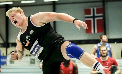 Marcus Thomsen nærmer seg de beste internasjonalt i kule. Fredag kaster han i innendørs-EM i Polen.