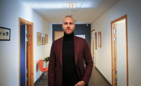 MÅ KANSKJE STENGE: Dersom det blir brudd i lønnsforhandlingene, kan ikke Rennesøy skule holde åpent.