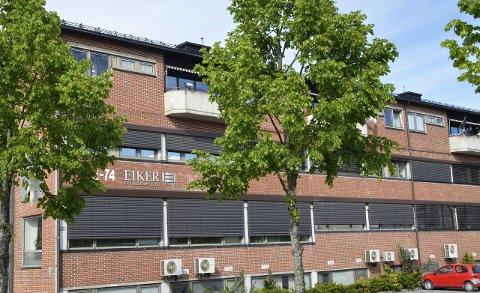 Eiker Eiendomsutvikling: Knut Kvale (topp) og Freddy Berg vil bytte ut styret i EEU og de krever at selskapet skal trekke seg ut av det kommersielle eiendomsmarkedet i Øvre Eiker.