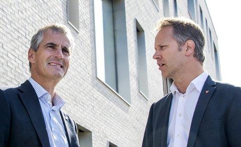 FORPLIKTER: Partileder Jonas Gahr Støre og byordfører Jon-Ivar Nygård har satt seg et høyt mål. Arkivfoto: Erik Hagen