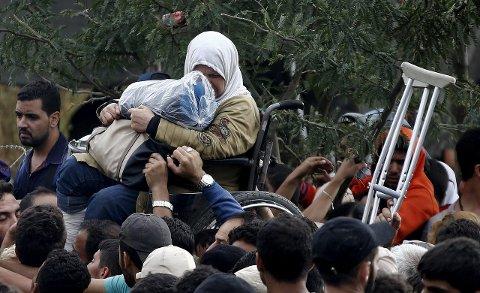 Der de er: Flyktende syrere skal hjelpes både der og her, mener FB. Foto: Reuters/Scanpix