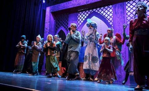 Suksess: Vindeleka fikk dreis på «Aladdin» under premièren  torsdag.Foto: Øyvind H. Edvardsen