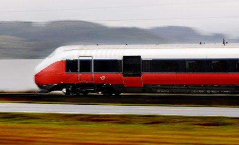 STANS: Togene står på hele Østlandet torsdag formiddag.