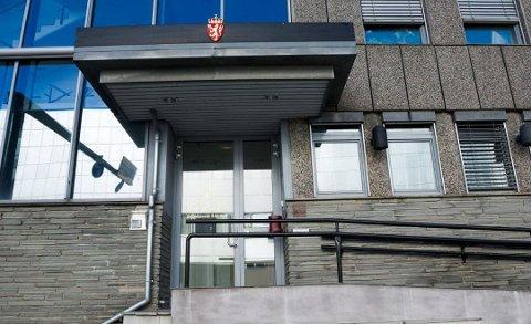 FENGSEL: I Fredrikstad tingrett ble kvinnen dømt til syv måneders fengsel. Etter å ha anket dommen til Borgarting lagmannsrett, er hun nå dømt til seks måneder bak lås og slå.