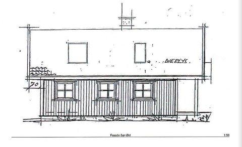 Eieren ønsker seg takvinduer i denne hytta. Fylkesmannen mener at Hvaler kommune må si nei.