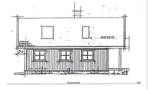 Her er det tegnet inn de to takvinduene som hytteeieren søker om å få montere. Kommunen sier nei.