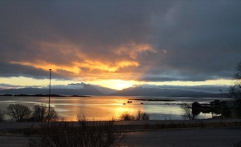 I DAG: Sånn er ustikten i dag mot fjord og fjell.