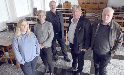 HVA Nå? Gruppeledere i bystyret i Narvik. Fra venstre: Mona Nilsen (Ap), Hilde Skogsholm (SV), Jan Olav Opdal (FrP), Trond Millerjord (KrF) og Paul Rosenmeyer (H).Foto: Frode Danielsen