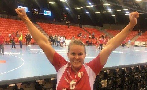 SJOKKSEIER: Martine Moen og Fredrikstad detonerte en håndballbombe ved å slå Larvik i Larvik søndag kveld.