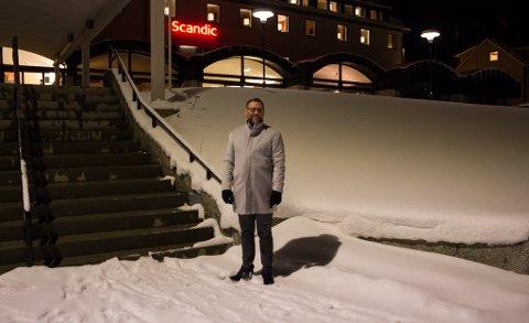 BLIR FULL RULLE: Direktøren Tron Olsen på Scandic Vadsø forteller at de gleder seg veldig til NNM, og at det vil bli fullt liv på hotellet den helgen.