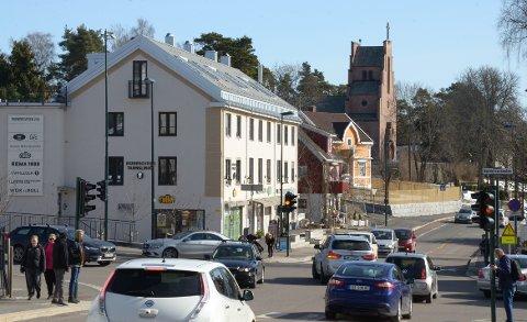 SÆTER: Det kommer nye sykkelfelt rundt Sæterkrysset. Strekningen fra krysset mot Tallbergveien og kirken skal ifølge byrådet prioriteres først. Se listen over andre sykkelfeltprosjekter i vårt distrikt.