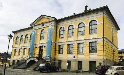 NY EIER: Kunstforeningas lokaler må pusses opp for 20 millioner kroner. Nå vil Universitetet i Tromsø både kjøpe og renovere det gamle praktbygget.