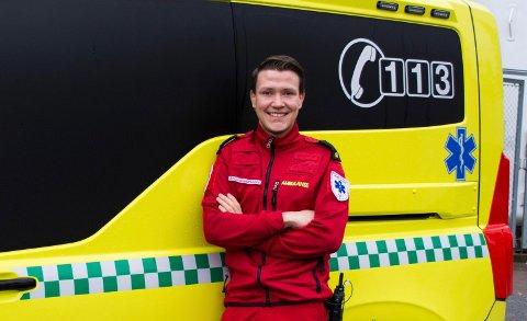 VIL LÆRE MER: Tor-Emil Briskelund Aakerlund har vært lærling i ambulansetjenesten på Gjøvik, og har nå fått plass på et populært studie ved NTNU på Gjøvik.