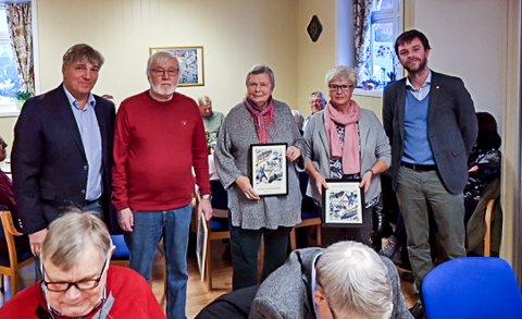 50 år: Helge Hansen, Ingeborg Wittersø Skancke og Lisbeth Simensen  har alle vært med i 50 år i Arbeiderpartiet.