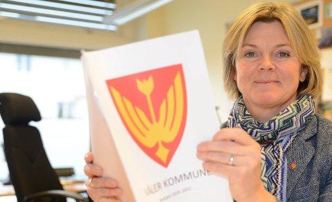 FORSTÅR: – Jeg forstår at folk regarer, men Våler er ikke verre enn andre på dette området, sier ordfører Lise Berger Svenkerud.