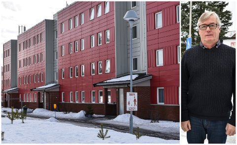 EIENDOMSSKATT: Svein Kåre Hovde har nettopp skrevet ut årets eiendomsskatt. Mastmoen borettslag er blant dem som får redusert regning.