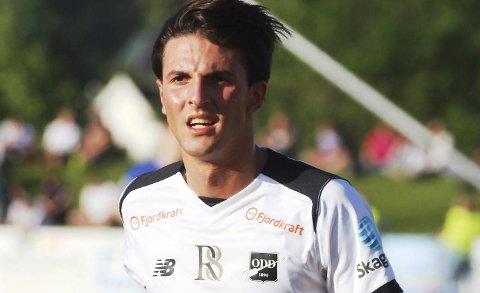 Rafik Zekhnini spiller for den nederlandske 2. divisjonsklubben Twente i årets sesong.
