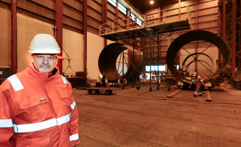 - Det blir hektisk aktivitet inne i produksjonshallen vår, når vi skal produsere 22 sugeanker til Johan Castberg-feltet for Equinor, sier daglig leder Arnt Skogsøy i Westcon Helgeland.