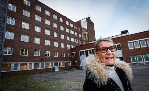 – Administrerende direktør legger i utgangspunktet til grunn den veiledende definisjonen Helse Nord ha gitt på cirka 20 minutters kjøretid fra Sandnessjøen rådhus, skriver Hulda Gunnlaugsdottir, i saksutredningen til styret i helseforetaket.