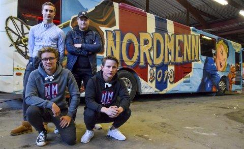 Nå skal de feire: (f.v. bak:) Truls Heggelund, Johan Grønvold, (f.v. foran:) Simen Marken og Vegard Torgunrud har jobbet på russebussen «Nordmenn» i 2 år. Nå gleder de seg til å «rulle» fram til 17. mai, i en av Ringsaker vgs. totalt fire russebusser.