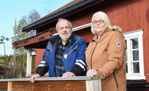 SMITTET HJEMME: Marit og Arne Lunner hadde tatt alle forholdsregler for å unngå koronasmitte, men likevel ble de smittet hjemme i sin egen stue.