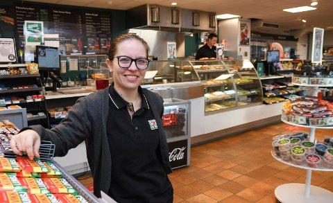 Med ny jobb: Cathrine Krokengen er ansatt som daglig leder ved YX 7-Eleven Rudshøgda Syd.