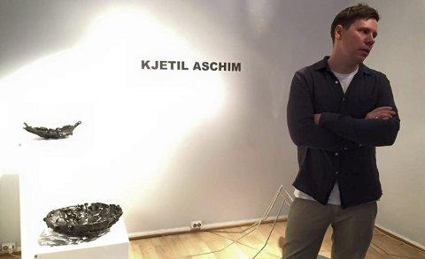 I Oslo: Kjetil Aschim har for tiden separatutstilling hos Kunsthåndverkerne i Kongens gate i Oslo. Utstillingen står til 7. februar.Foto: Privat