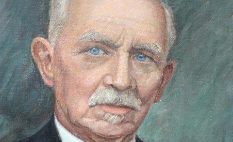 Kongens gull: Martin Julius Halvorsen ble hedret med Kongens fortjenstmedalje i gull. Ullensakers kjente portrettmaler, Johanne Borgen, er mester for dette bildet, som gjengis i RB hver dag, i svart/hvitt.