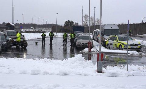 STORKONTROLL: UP, lokalt politi og Statens vegvesen gjennomførte tirsdag en større kontroll på riksvei 22.