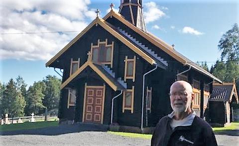 HISTORIEFORTELLER: Åge Follestad er forfatteren av Filtvet kirkes historie.