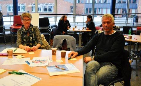 MEDBESTEMMELSE: Britt Helene Martinsen og Petter Tangen sa sin mening på møtet om den nye kommuneplanen.