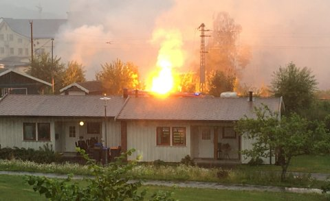 BRANN: Det var ikke lynnedslag i området den dagen det begynte å brenne i jernbanelinjen i Sandefjord.