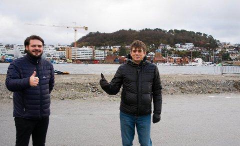 TOMMEL OPP: Sandnes Havn KF gir tommel opp til bobilparkering hele året. Nå håper de tilbudet blir brukt også i vintermånedene.