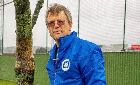 TRENINGSTID: Daglig leder Kjell Einar Andersen i Sarpsborg Idrettsråd forteller at idrettsklubber som ønsker treningstid i Sarpsborghallen har frist til mandag om å søke.